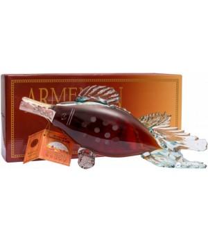 """Бренді Прошян Вірменський """"Риба"""" 5 років витримки 0.5 л 40% у подарунковій упаковці (4850015310207)"""