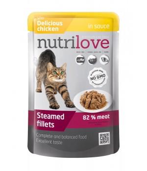 Консерви для дорослих котів Nutrilove Steamed Fillets з ніжною куркою в соусі 85г (8595606402713)